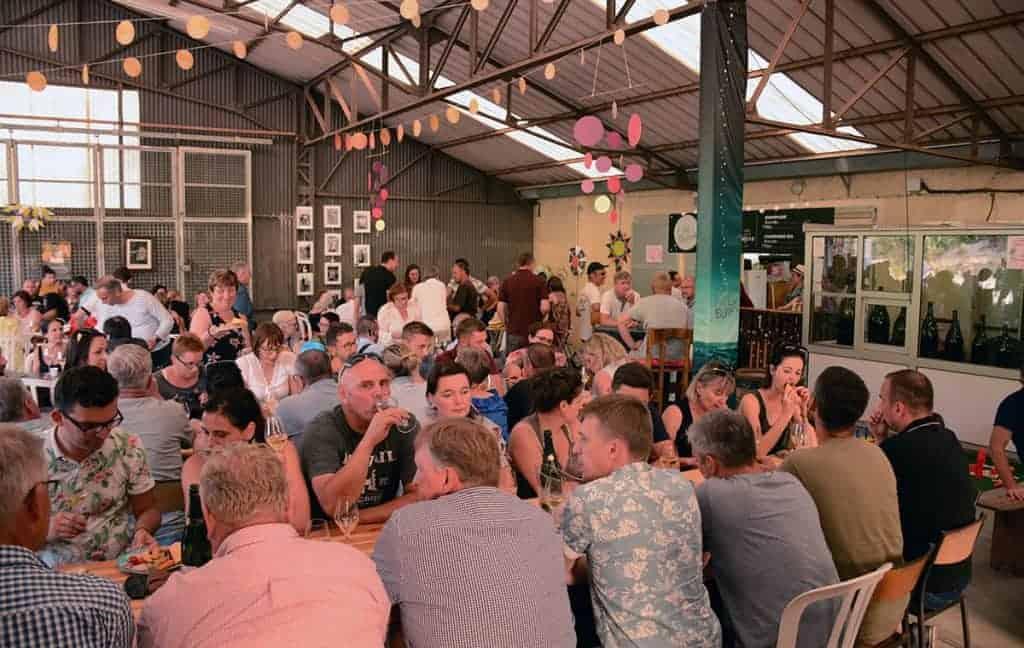 bar restaurant festival