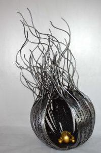 ACTINIE-GM--métal-fusionné-et-feuille-d_or-110X50X50